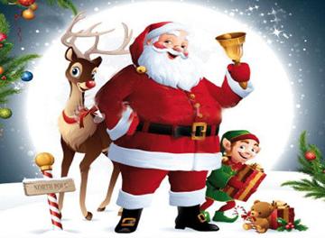 Babbo Natale con renna ed elfo in paesaggio invernale
