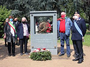 """Lissone, 25 Aprile 2021  - """"La pace rende liberi"""" inaugurazione monumento"""