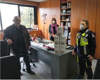 Lissone- Coronavirus:  imprenditore dona mascherine al Comune, il Sindaco le consegna alla Protezione Civile