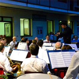 Musica in villa, in piazza e nei cortili