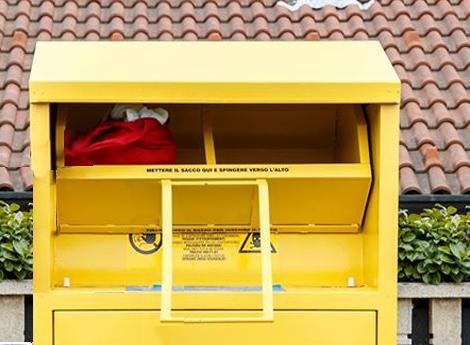 Coronavirus : Temporaneamente sospeso il servizio di raccolta abiti usati