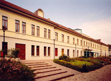 Immagine esterna biblioteca