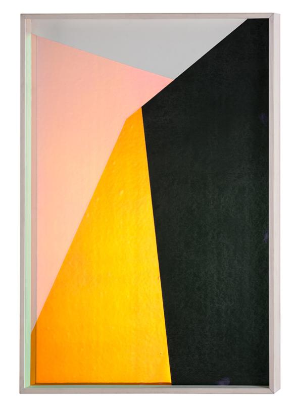 Matteo Negri, Carta, 2018, grafite e pellicola, cornice a cassetta e vetro antiriflesso, cm 100x70x6