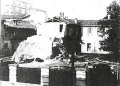 1963 - L'abbattimento dell'ala verso via Paradiso