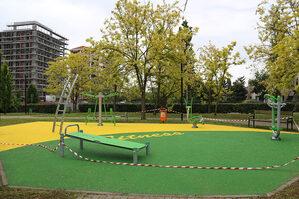 Immagine area fitness Via Guarenti