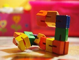 Immagine giochi in legno